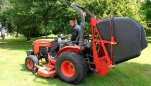 tonte de gazon Dando Jardinier Services à Haute Goulaine